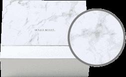 グレーを基調に、マーブル模様がMARLMARLのアイテムをシックに彩ります。