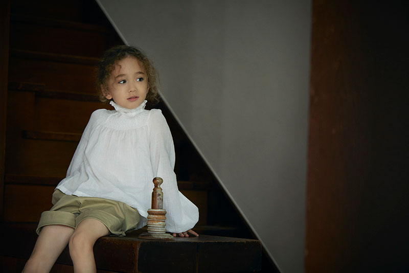 blouses 1 shirring white / baby size ¥8,250 ・ kids size ¥8,800   出産祝い・ギフトならMARLMARLのスタイ